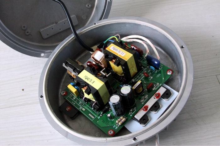 改进的低频无极灯电源和高频无极灯电源
